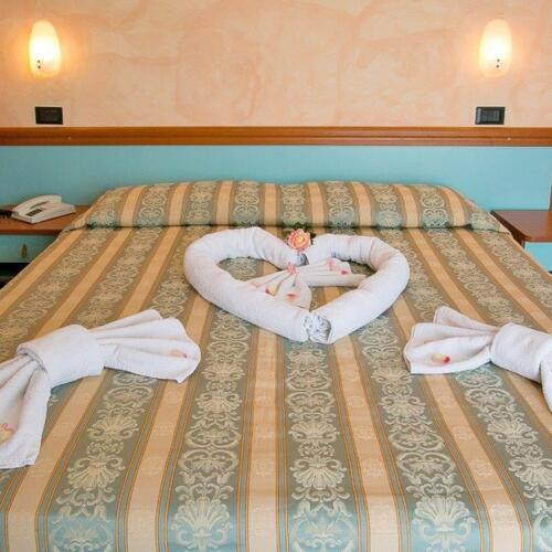 hotel vernel die liste der serviceleistungen des hotel vernel 3 sternein rimini. Black Bedroom Furniture Sets. Home Design Ideas